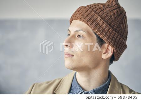 男性肖像 69878405