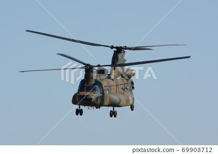 自衛隊直升機飛行演示 69908712
