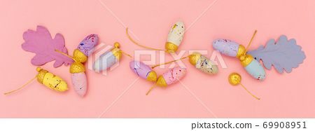 Colourful acorns and leaves banner. 69908951