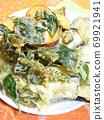 Vegetable tempura 69921941