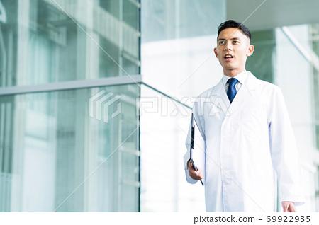 醫院博士醫生研究科學科學家化學家 69922935