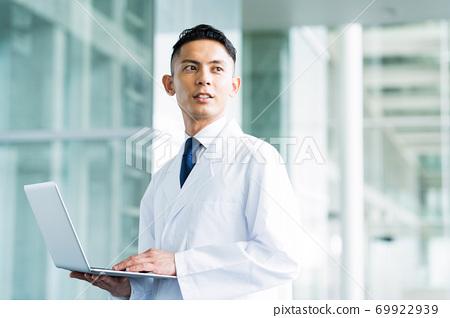 醫院博士醫生研究科學科學家化學家 69922939