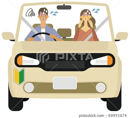 年輕男子和婦女的插圖與初學者標記有麻煩駕駛 69955874