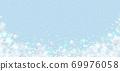 雪晶白背景浅蓝色 69976058