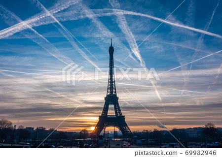 Beautiful view of famous Eiffel Tower in Paris, France. Paris Best Destinations in Europe. 69982946