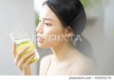 여성 라이프 스타일 편안한 다이어트 해독 69989270