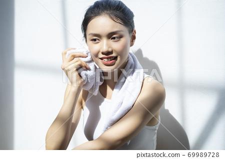 여성 라이프 스타일 스포츠 69989728