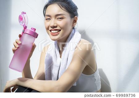 여성 라이프 스타일 스포츠 69989736