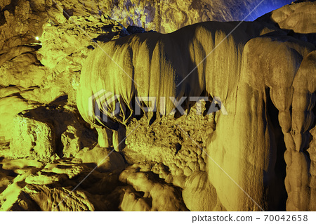 The Nguom Ngao Cave at Cao Bang in Vietnam 70042658