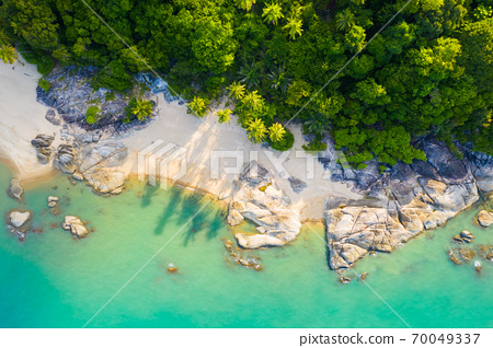 Tropical beautiful seashore and turquoise water in Thailand. 70049337