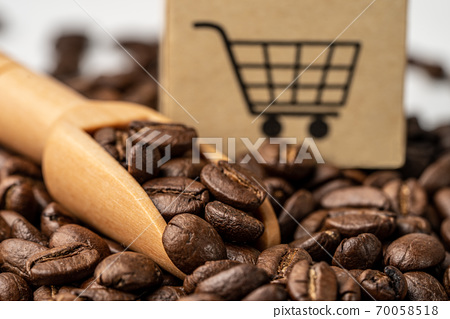 Box with shopping cart logo symbol on coffee beans, Import Export Shopping online or eCommerce delivery service store product shipping, trade, supplier concept. 70058518