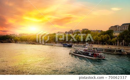 Sunset over Seine River 70062337