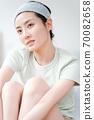 年輕漂亮的東方年輕女性居家生活日常 70082658