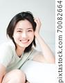 年輕漂亮的東方年輕女性居家生活日常 70082664