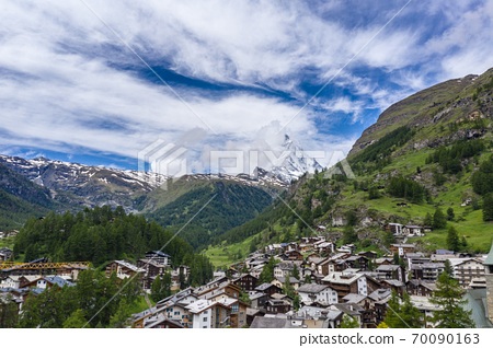 Aerial view on Zermatt Valley and Matterhorn Peak in morning 70090163