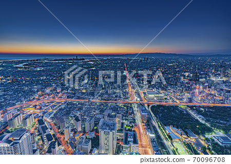 Osaka cityscape, night view from Abeno Harukas to the west 70096708