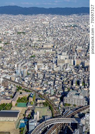 오사카 도시 경관 아베노바시 터미널 빌딩에서 동쪽 방향 70097327