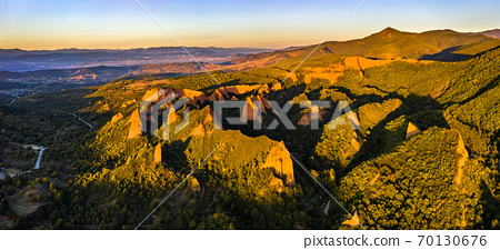 Las Medulas, a Roman gold-mining site in Spain 70130676