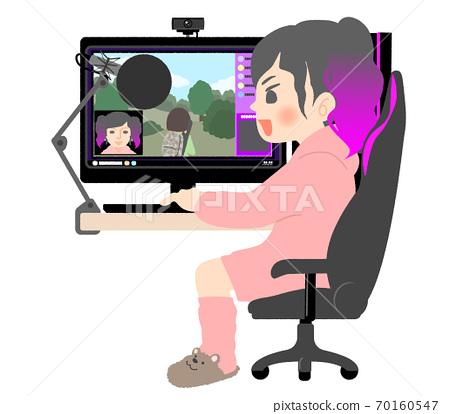 在家裡玩面對面遊戲的女性發行人 70160547