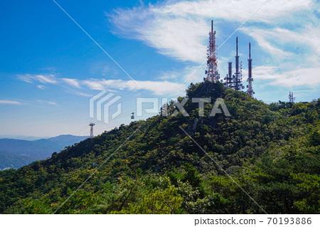 한국 경기도 과천시 중앙동 관악산 전경 70193886