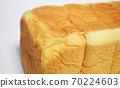 Plain bread 70224603