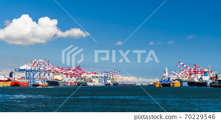 container cranes in the port of Kaohsiung, Taiwan. 70229546