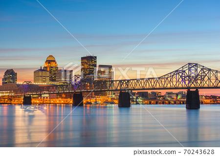 Louisville, Kentucky, USA Skyline 70243628