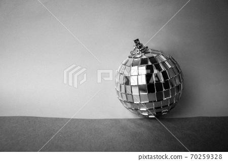 Silver mirror music club disco ball small round 70259328