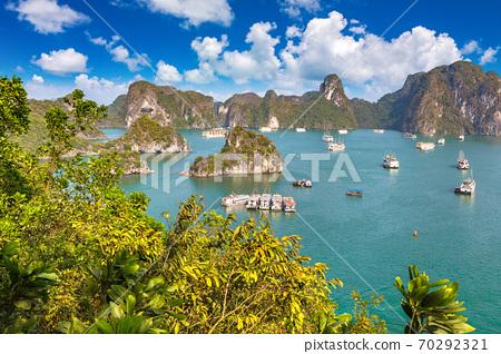 Halong bay, Vietnam 70292321