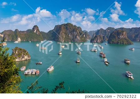 Halong bay, Vietnam 70292322