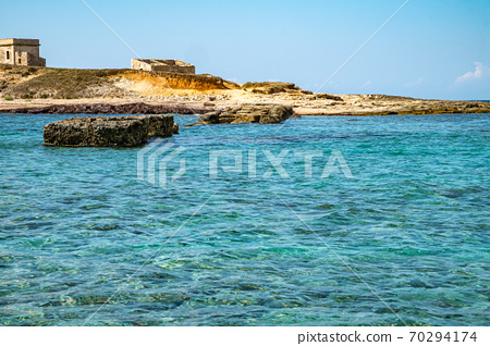 the island of currents (Siciliy) 70294174