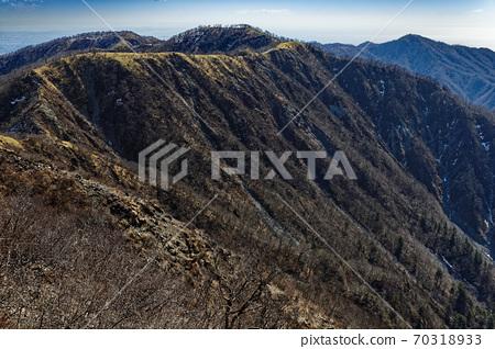 蛭ヶ岳에서 볼 탄자 주맥 종주로와 丹沢山 · 塔노岳 70318933