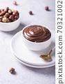 Homemade cream with hazelnuts 70321002