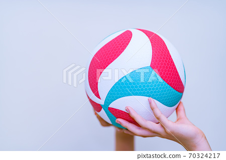 Volleyball [Image of sports and club activities] 70324217