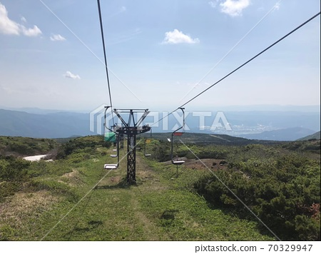 Spring one-person lift 70329947