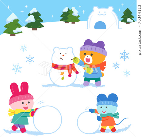 Bears, rabbits, mice playing in the snow / set 70344113