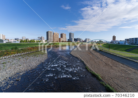 Scenery of the Toyohira River in Sapporo 70346210