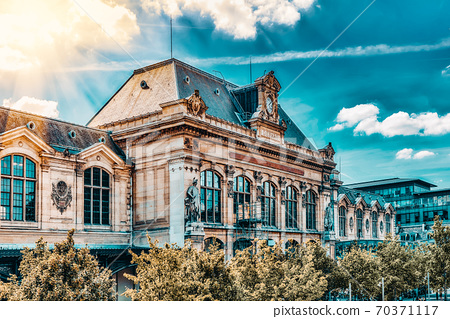 City views of one of the most beautiful cities in the world - Paris. Austerlitz Train Station in Paris. 70371117