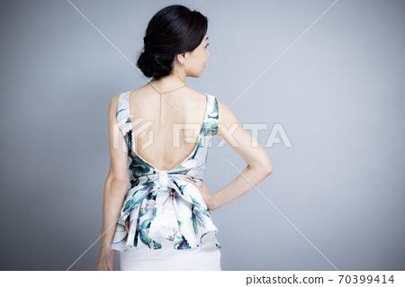 50多歲女性的美麗形象 70399414