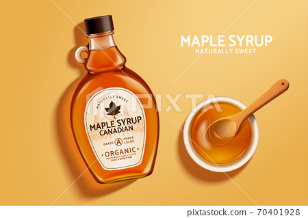 Top view of maple syrup bottle 70401928