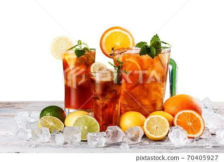 Still life of iced tea 70405927