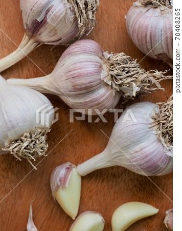 韓國新鮮有機蔬菜大蒜 70408265