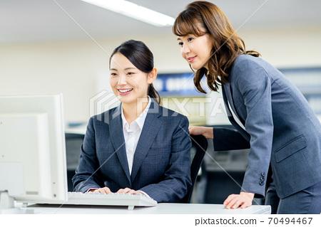 办公室业务女人 70494467