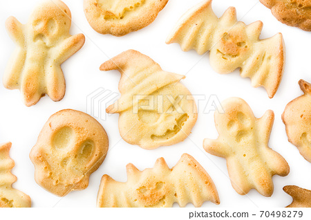 Homemade Halloween cookies on isolated on white background 70498279