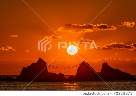 (가나가와 현) 마나 즈루 반도 미츠이시 해안 일출 70528875