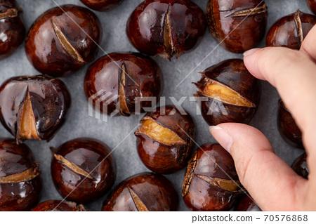 栗子 板栗 栗 烤栗子 Roasted chestnut 焼き 栗 クリ くり 70576868