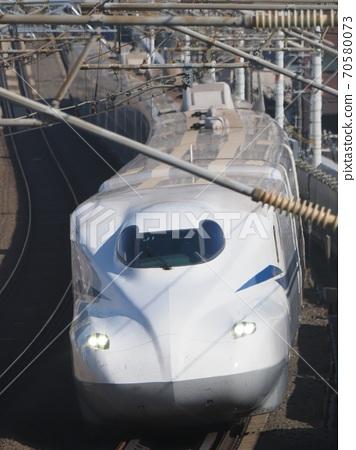 Yamashina附近的新幹線N700S J1編隊 70580073