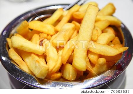 Potato frit 70602635