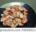 美味的雞肩和鹽烤洋蔥 70606011