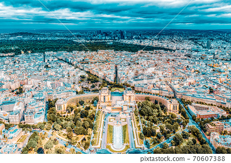 Panorama of Paris view from the Eiffel tower. View of the Trocadero Palace. 70607388